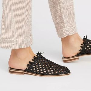 Free People Mirage woven flats black leather 9 39